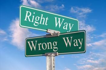 right_way_wrong_way_sign